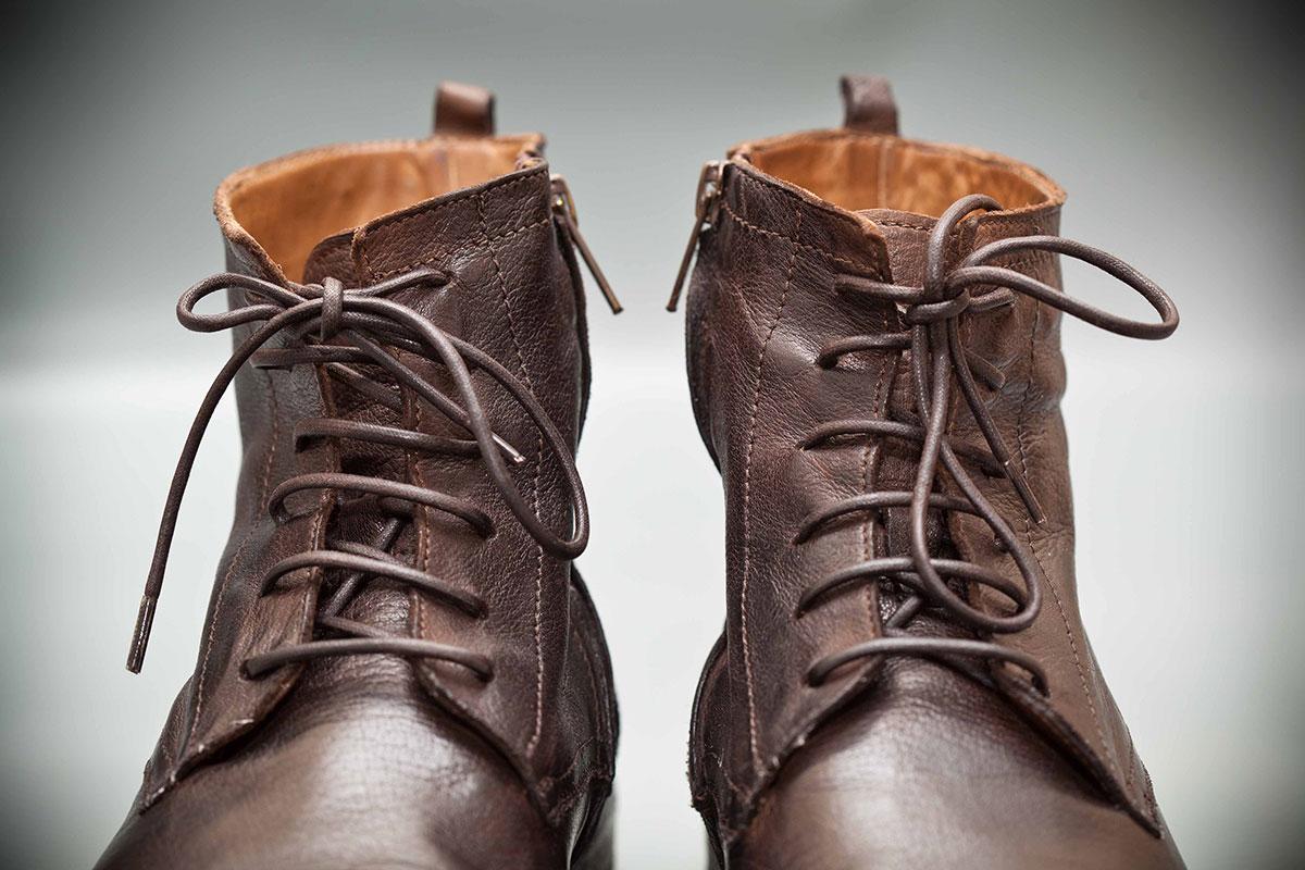 Stiefeletten und Boots